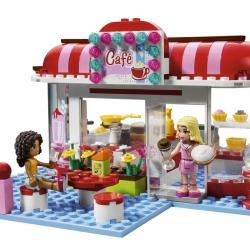 Lego Friends 3061 Kavárna v parku sestaveno