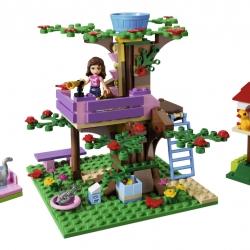 Lego Friends 3065 Olivia má domek na stromě sestaveno