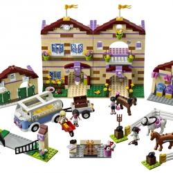 Lego Friends 3185 Prázdninový jezdecký tábor sestaveno