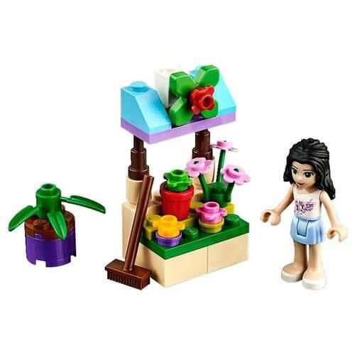 LEGO Friends Emma v květinovém stánku sestaveno