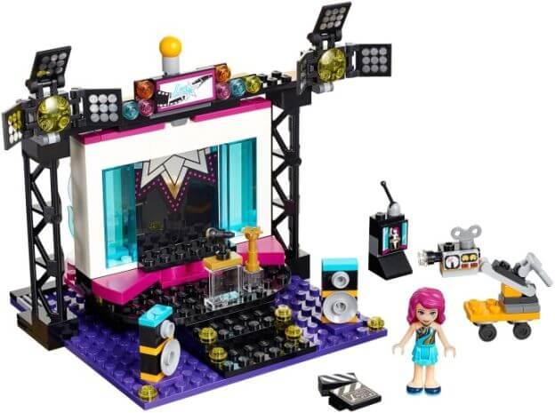 LEGO Friends 41117 TV Studio s popovou hvězdou sestaveno