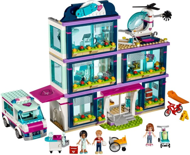 LEGO Friends 41318 Nemocnice v Heartlake sestaveno