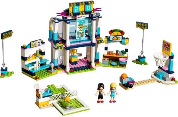 LEGO Friends 41338 Stephanie ve sportovní aréně sestaveno