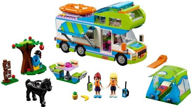 LEGO Friends 41339 Mia a její karavan sestaveno