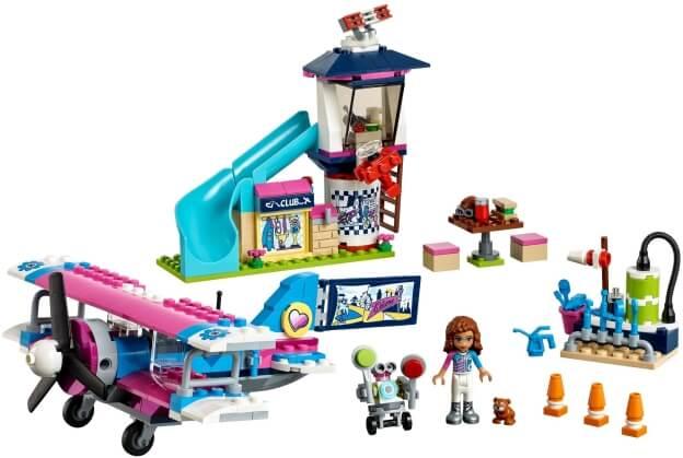 LEGO Friends 41343 Vyhlídkový let nad městečkem Heartlake sestaveno