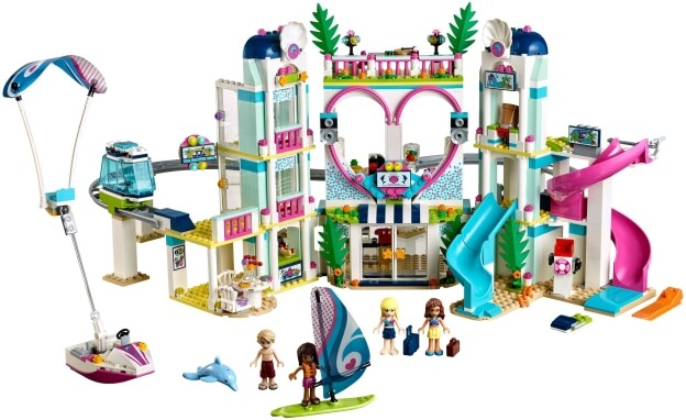 LEGO Friends 41347 Resort v městečku Heartlake sestaveno