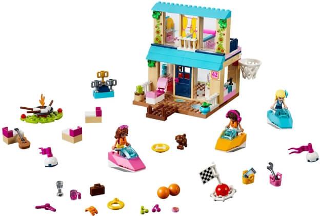 LEGO Juniors 10763 Stephanie a její dům u jezera sestaveno