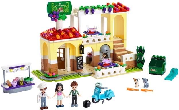 LEGO Friends 41379 Restaurace v městečku Heartlake sestaveno