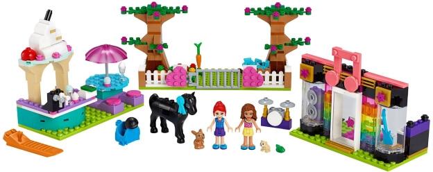LEGO Friends 41431 Box s kostkami z městečka Heartlake sestaveno