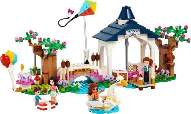 LEGO Friends 41447 Park v městečku Heartlake sestaveno