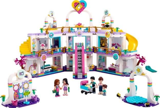 LEGO Friends 41450 Nákupní centrum v městečku Heartlake sestaveno