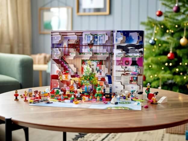 LEGO Friends 41690 Adventní kalendář 2021 sestaveno